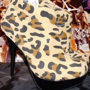 Dollhouse Shoes - DOLLHOUSE LEOPARD HIGH HEELS BOOTIES  NEW